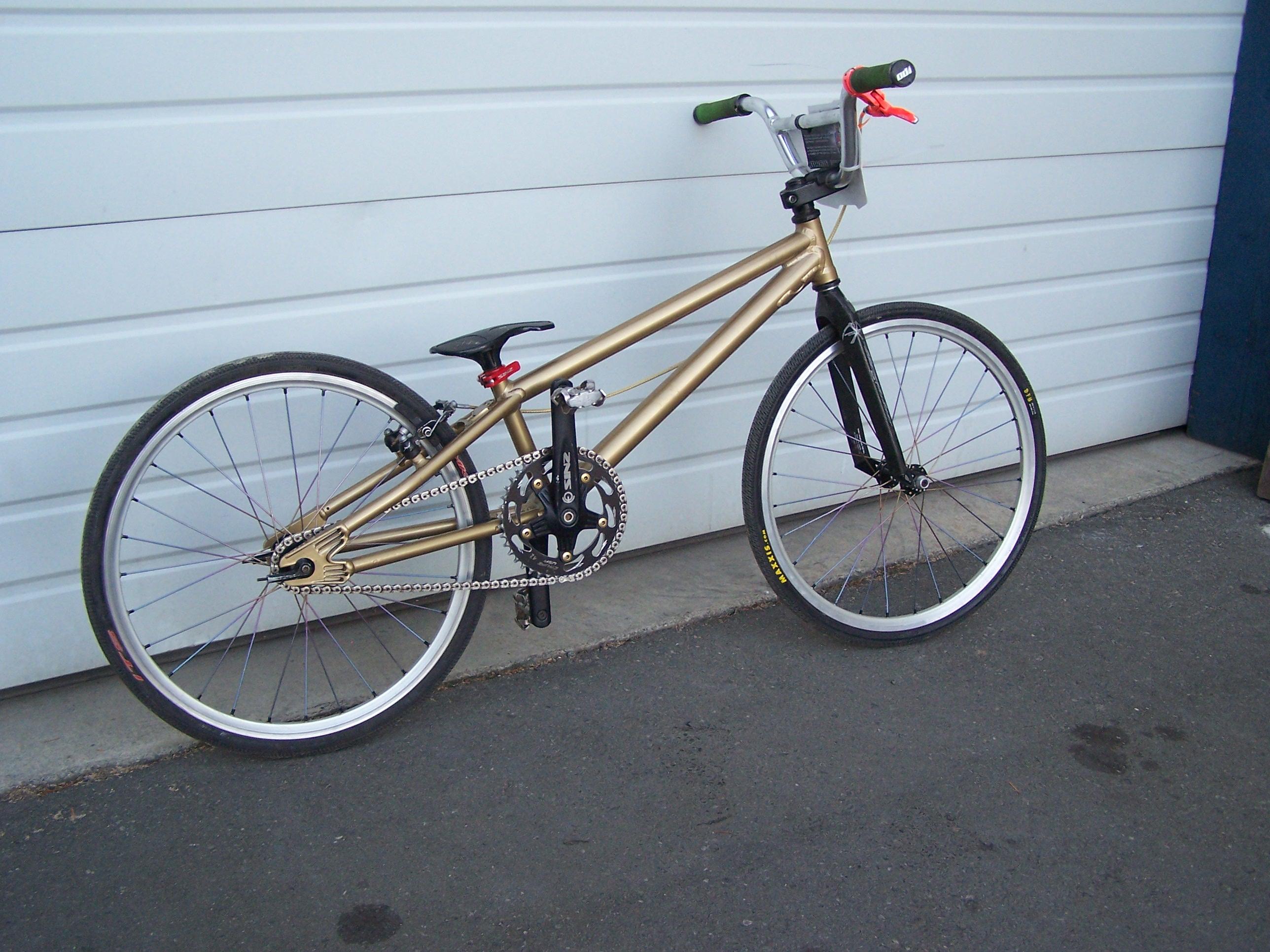 gold-bmx-003