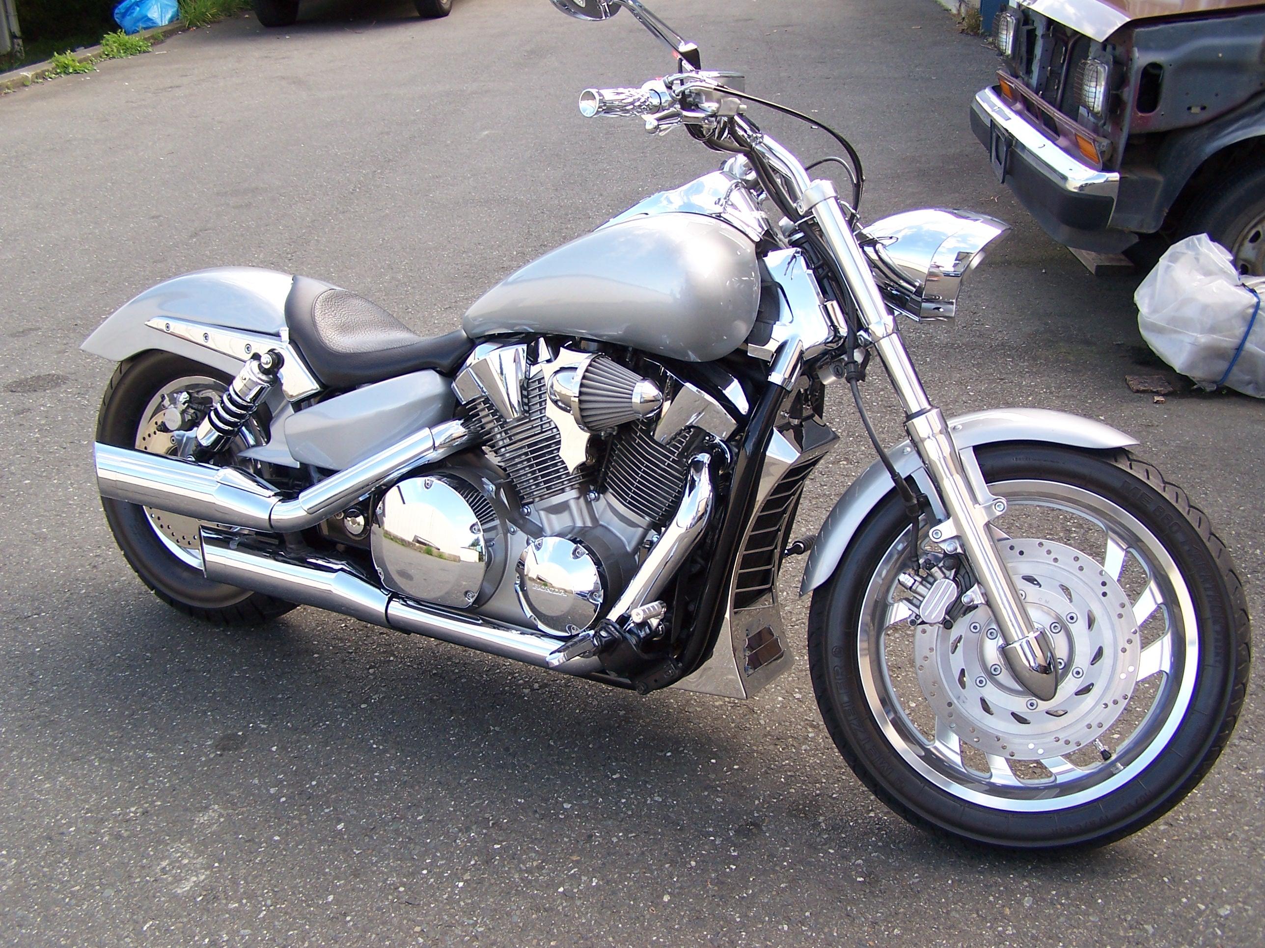kens-custom-honda-004